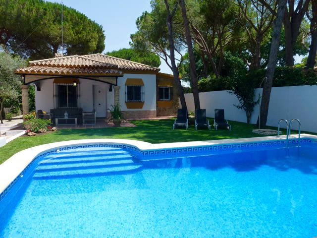 Oyambre, Villa  with private pool in Chiclana de la Frontera, Andalusia, Spain for 6 persons.....
