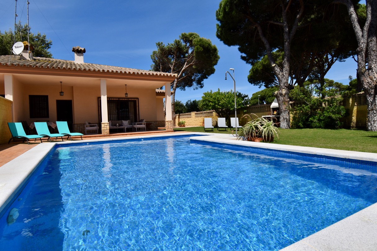 Luisa, Villa  with private pool in Chiclana de la Frontera, Andalusia, Spain for 6 persons.....