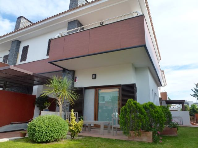 De la Fuente, Modern and nice house  with communal pool in Chiclana de la Frontera, Andalusia, Spain for 6 persons.....