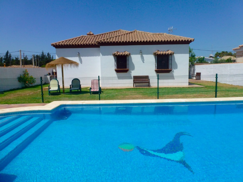 Papua, Villa  with private pool in Chiclana de la Frontera, Andalusia, Spain for 6 persons.....