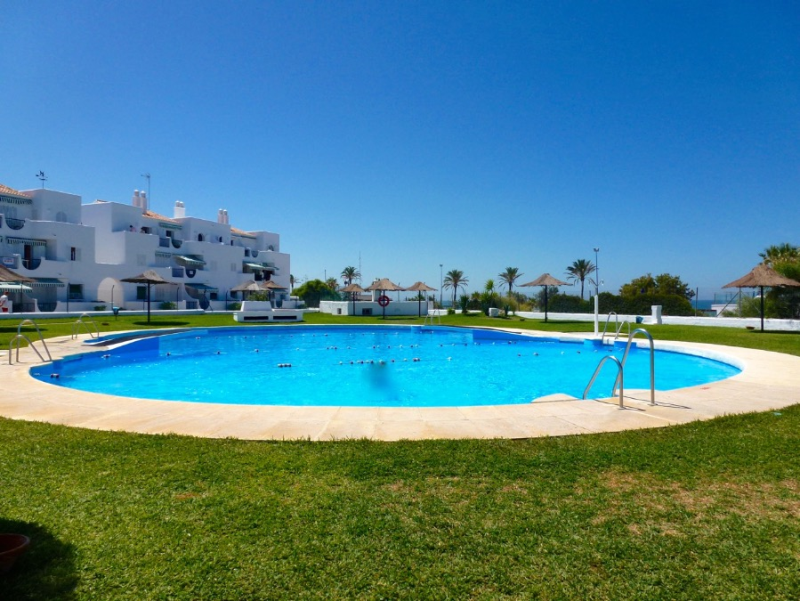 Pinar Don Jesus, Apartment in Chiclana de la Frontera, Andalusia, Spain  with communal pool for 5 persons.....