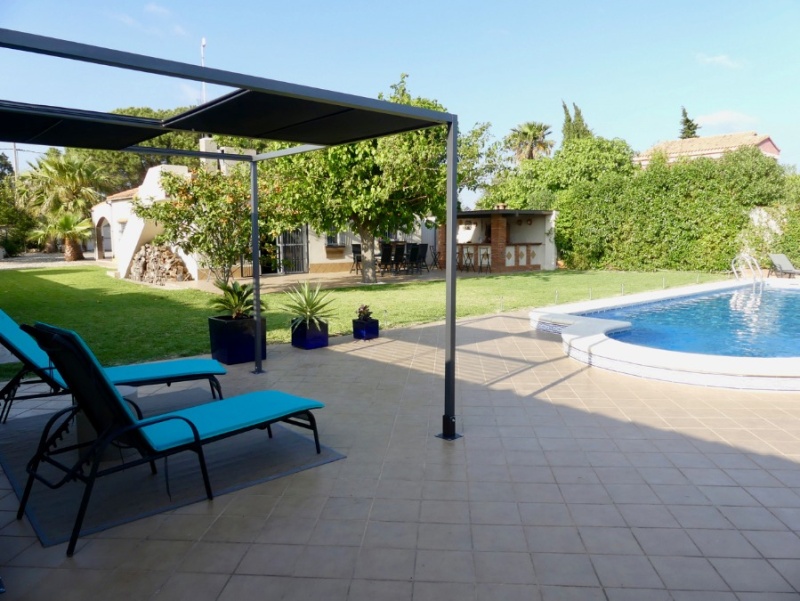 Mora, House  with private pool in Chiclana de la Frontera, Andalusia, Spain for 8 persons.....