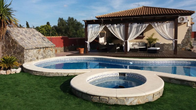 Happy, Villa  with private pool in Chiclana de la Frontera, Andalusia, Spain for 6 persons.....
