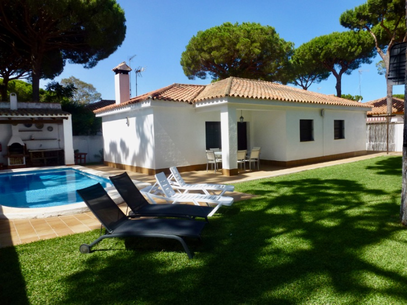 El Timido, Villa  with private pool in Chiclana de la Frontera, Andalusia, Spain for 6 persons.....