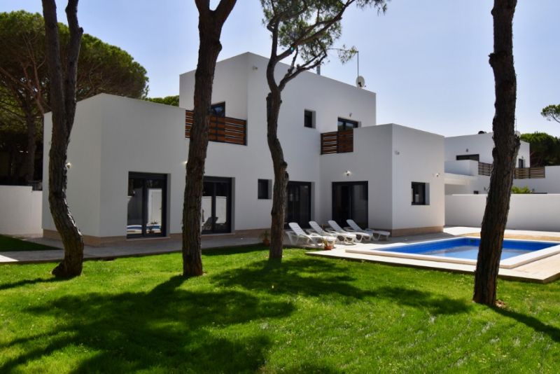 Mar 1, Villa in Chiclana de la Frontera, in Andalusien, Spanien  mit privatem Pool für 8 Personen.....