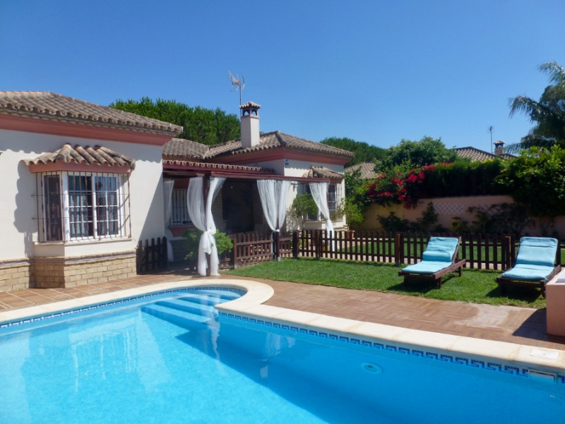Tasmania, Villa  with private pool in Chiclana de la Frontera, Andalusia, Spain for 8 persons.....