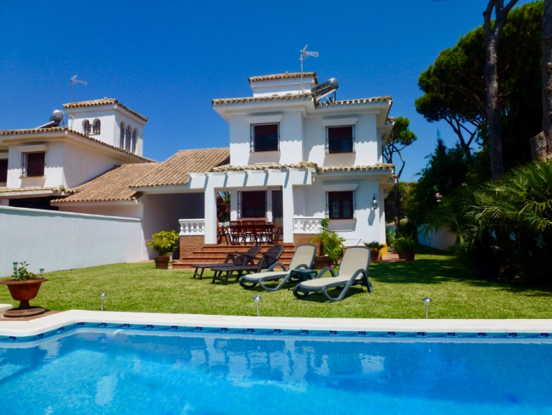 Margaritas, Villa  with private pool in Chiclana de la Frontera, Andalusia, Spain for 8 persons.....