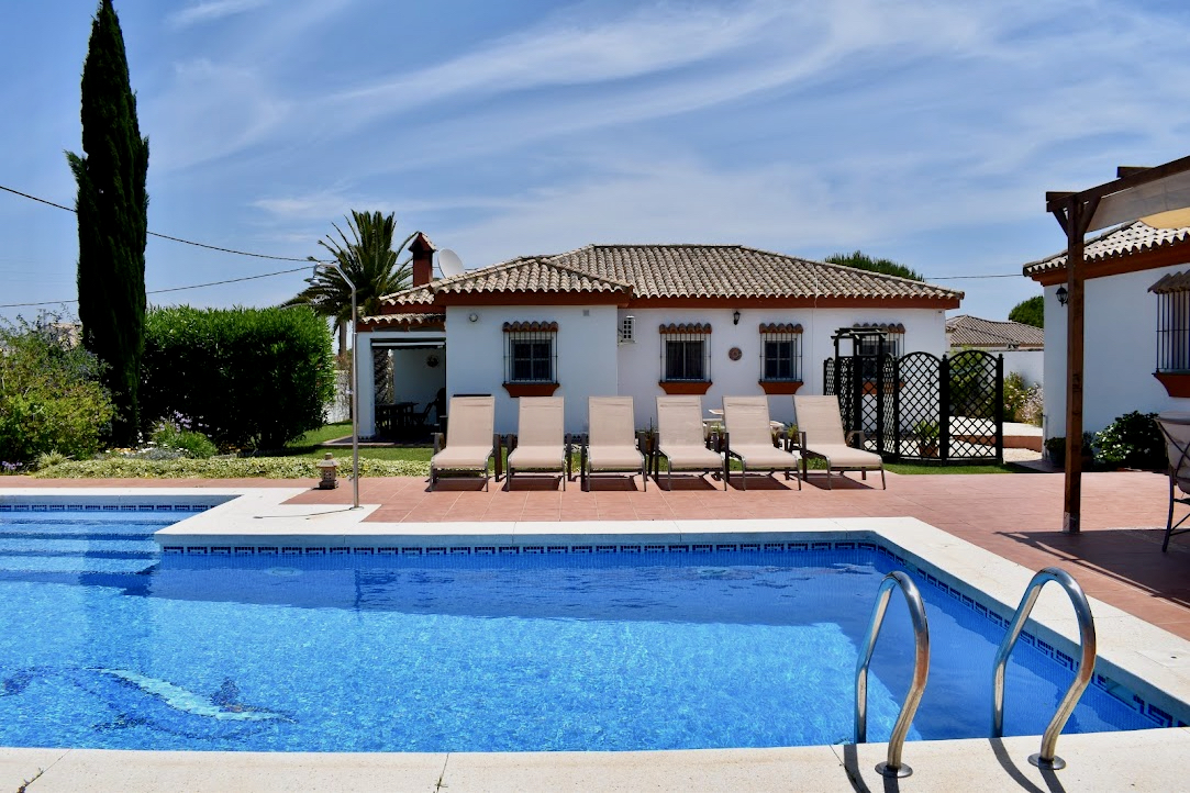 Belle, Villa  with private pool in Chiclana de la Frontera, Andalusia, Spain for 6 persons.....