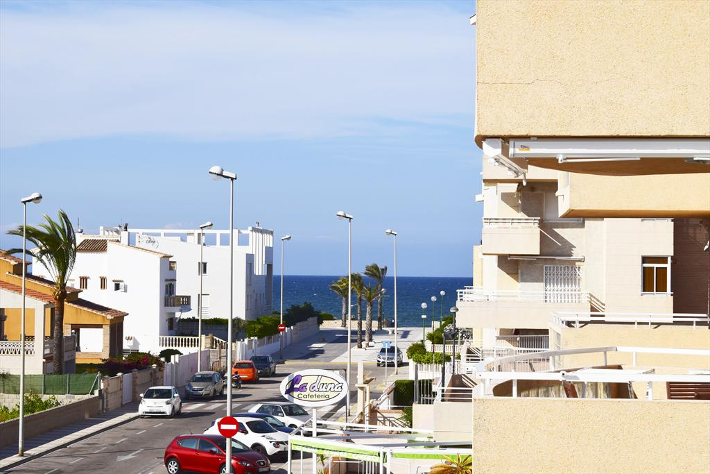 AP6221, Large and nice apartment in Oliva, on the Costa Blanca, Spain  with communal pool for 8 persons.....