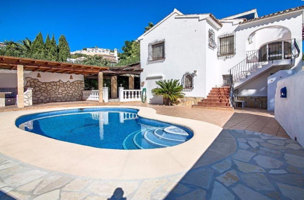 Villa Cariño, Wonderful and romantic villa  with private pool in Moraira, on the Costa Blanca, Spain for 5 persons...
