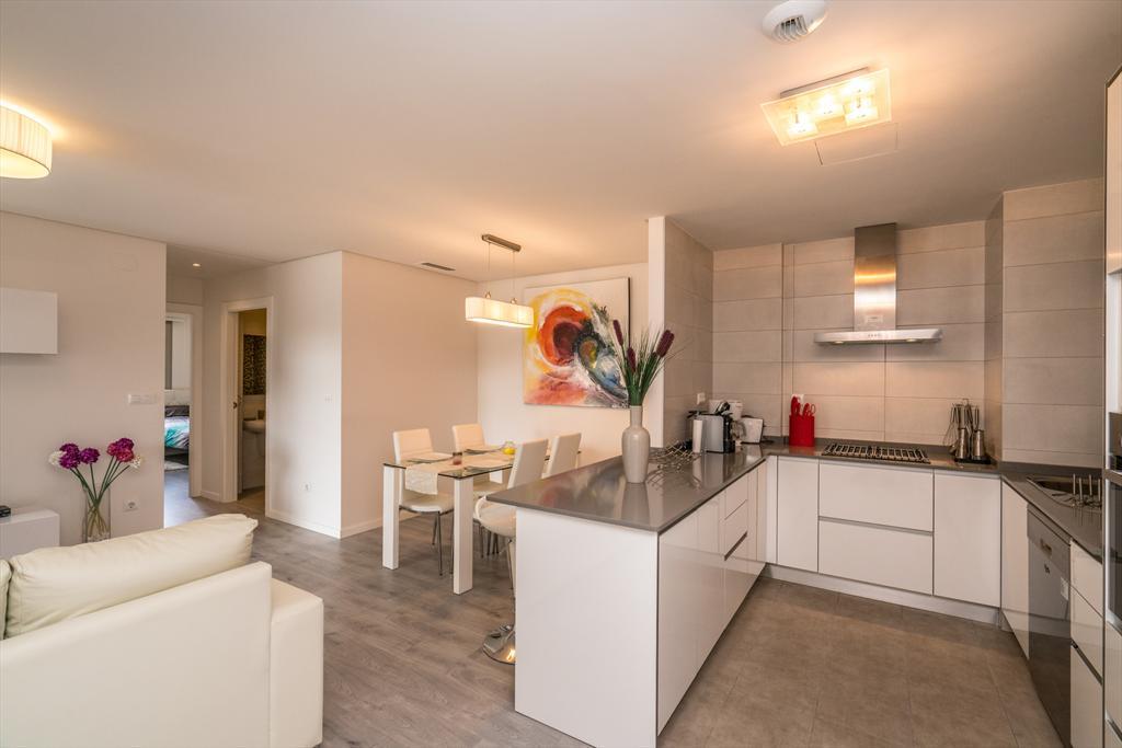 Apartment begonia,Apartamento moderno  con piscina comunitaria en Orihuela Costa, en la Costa Blanca, España para 4 personas...