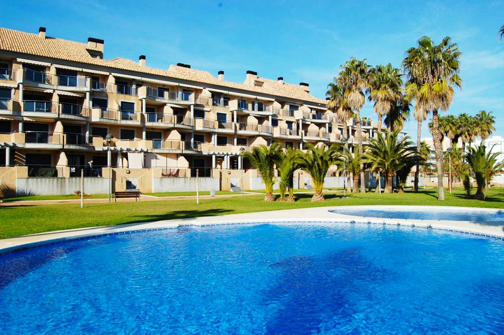 AP2205 Gran Terraza y Piscina, Large and comfortable apartment in Denia, on the Costa Blanca, Spain  with communal pool for 4 persons.....