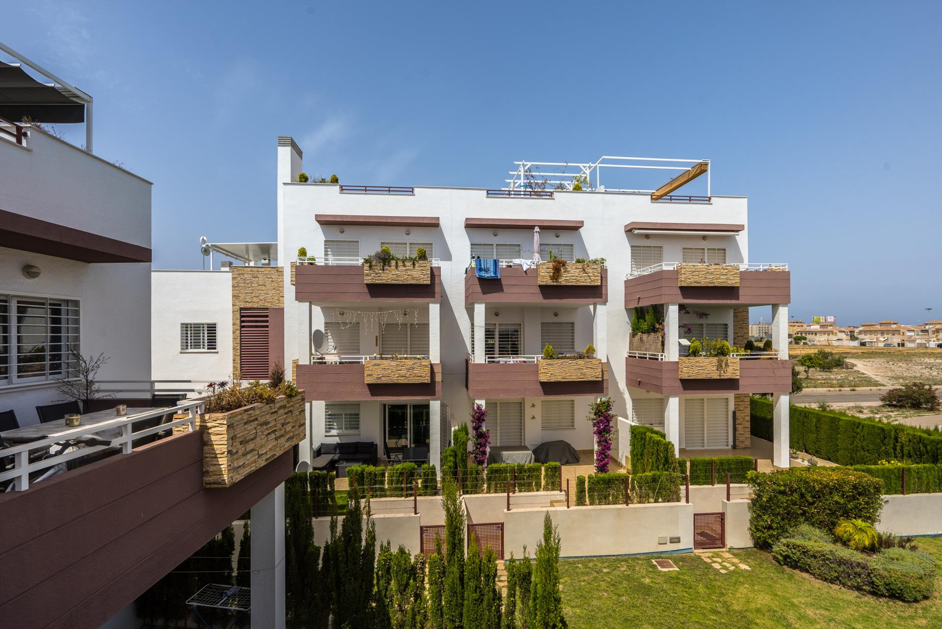 Silene, Large apartment in Orihuela Costa, on the Costa Blanca, Spain  with communal pool for 4 persons.....