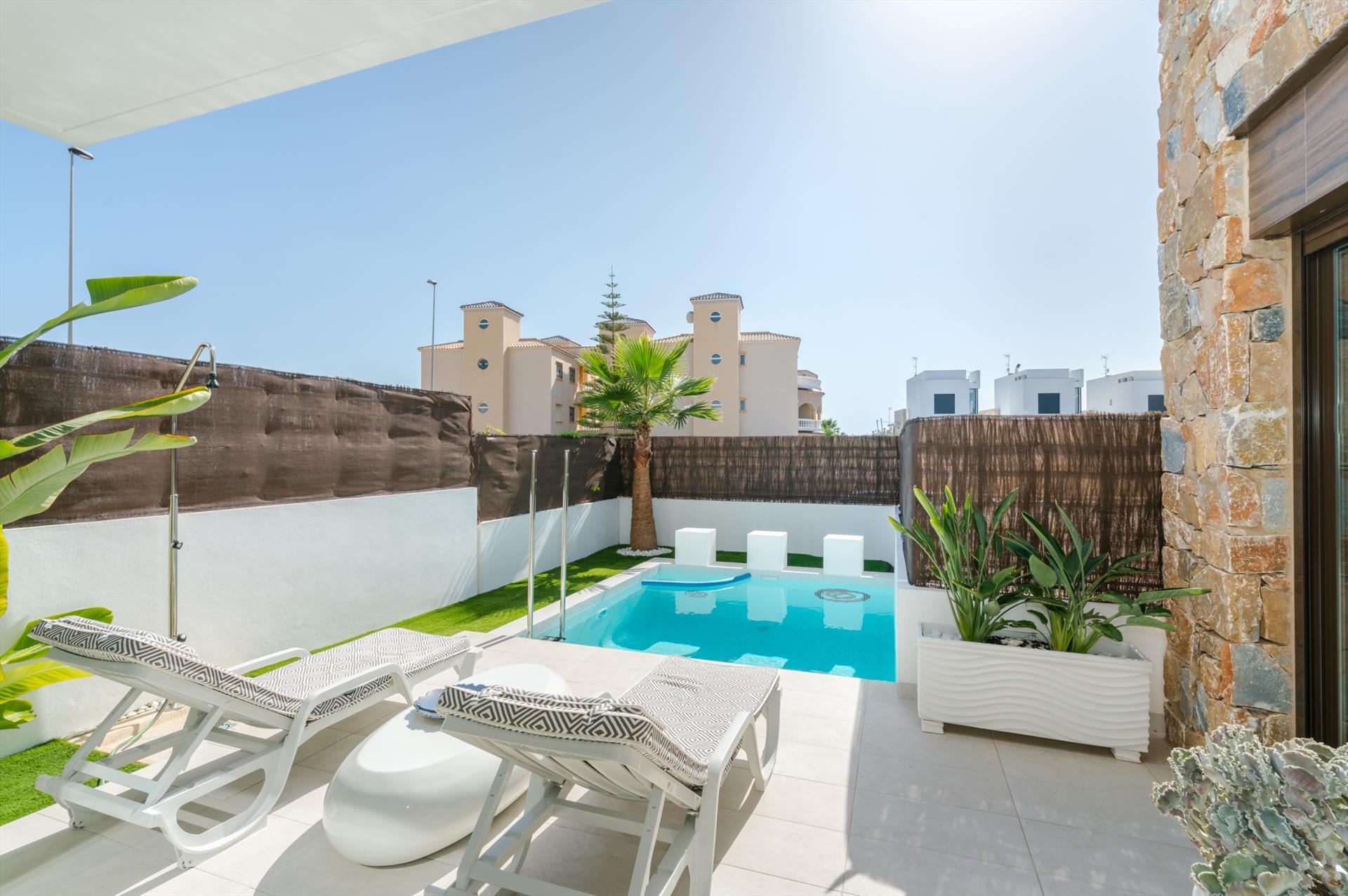 Villa la cuerda,Villa de lujo maravillosa y   con piscina privada en Orihuela Costa, en la Costa Blanca, España para 4 personas...