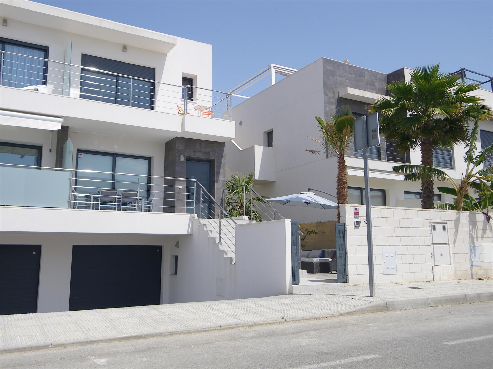 Villa Les Ortigues, Large and romantic villa in Benijofar, on the Costa Blanca, Spain  with communal pool for 6 persons.....