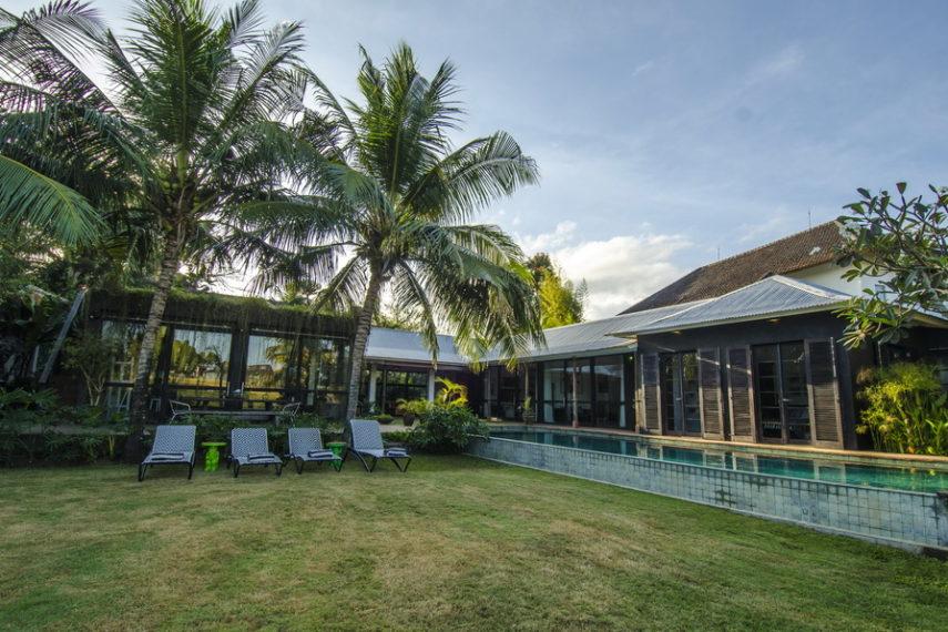 Villa Sajak,Grote en luxe villa in Umalas, op Bali, Indonesië  met privé zwembad voor 10 personen...