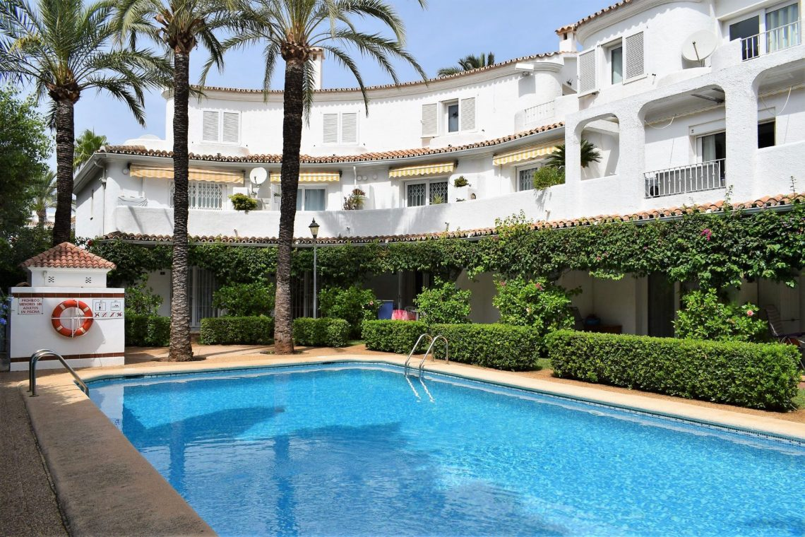 AP2124 Un Dormitorio cerca del Centro de Denia, Wonderful and comfortable apartment in Denia, on the Costa Blanca, Spain  with communal pool for 4 persons.....
