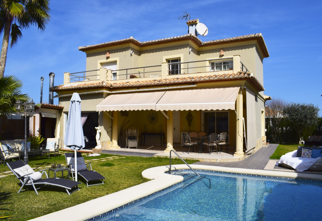 CH4302 Els Poblets Partida Revoltes, Large and comfortable holiday house in Denia, on the Costa Blanca, Spain  with private pool for 8 persons.....