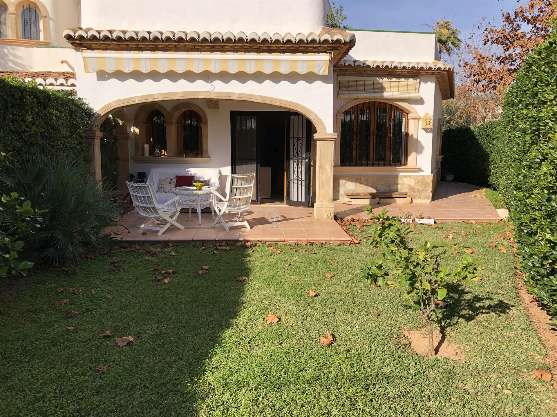 Campo Azul, Wonderful and comfortable house  with communal pool in Javea, on the Costa Blanca, Spain for 5 persons.....