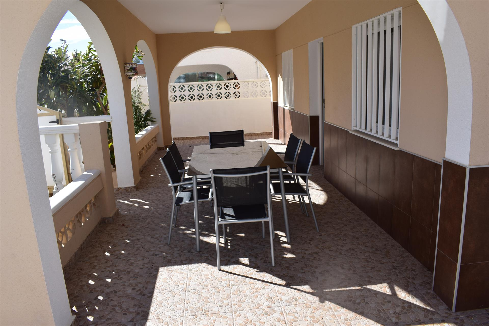 AP222 Sector 5 Playa Aigua Blanca, Large and cheerful apartment in Oliva, on the Costa Blanca, Spain for 6 persons.....