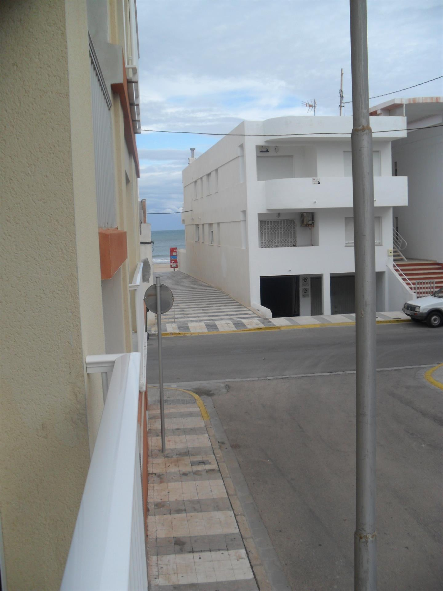 AP375 Pau Pi Virgen del Mar, Beautiful and cheerful apartment in Oliva, on the Costa Blanca, Spain for 4 persons.....