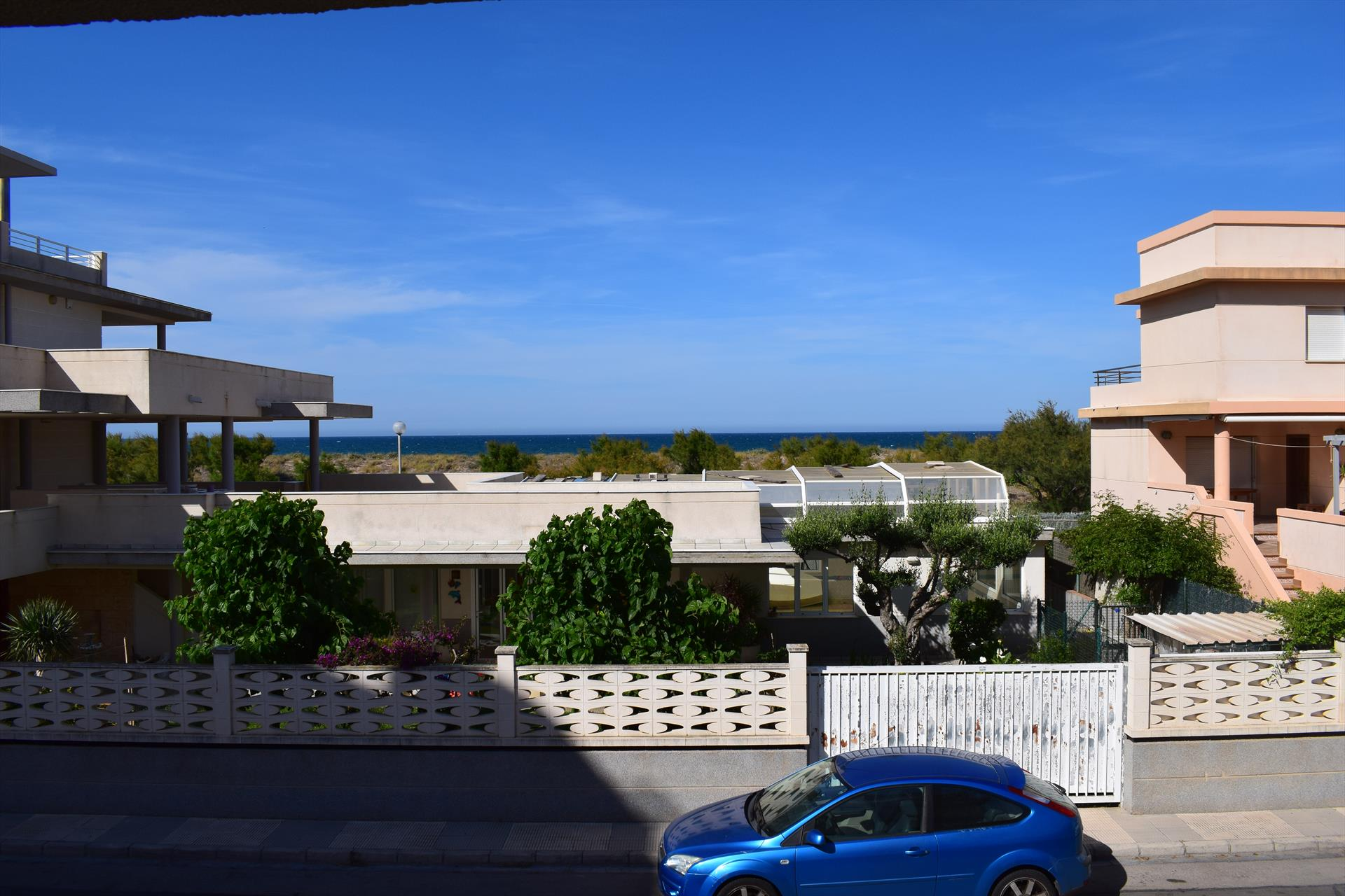 AP509, Beautiful and cheerful apartment  with communal pool in Oliva, on the Costa Blanca, Spain for 5 persons.....