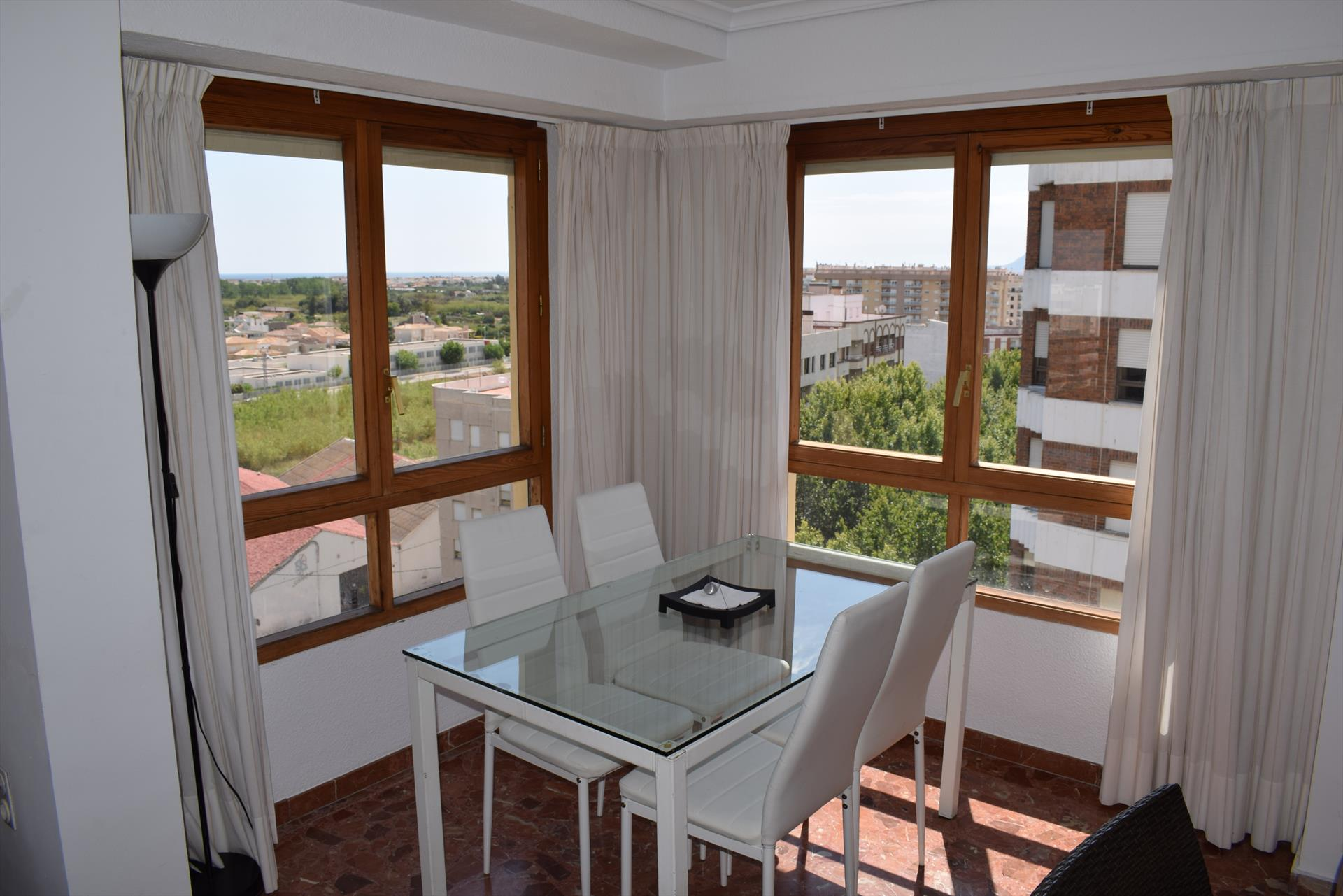 AP732 Paseo Loygorri Centro, Large and luxury apartment in Oliva, on the Costa Blanca, Spain for 7 persons.....