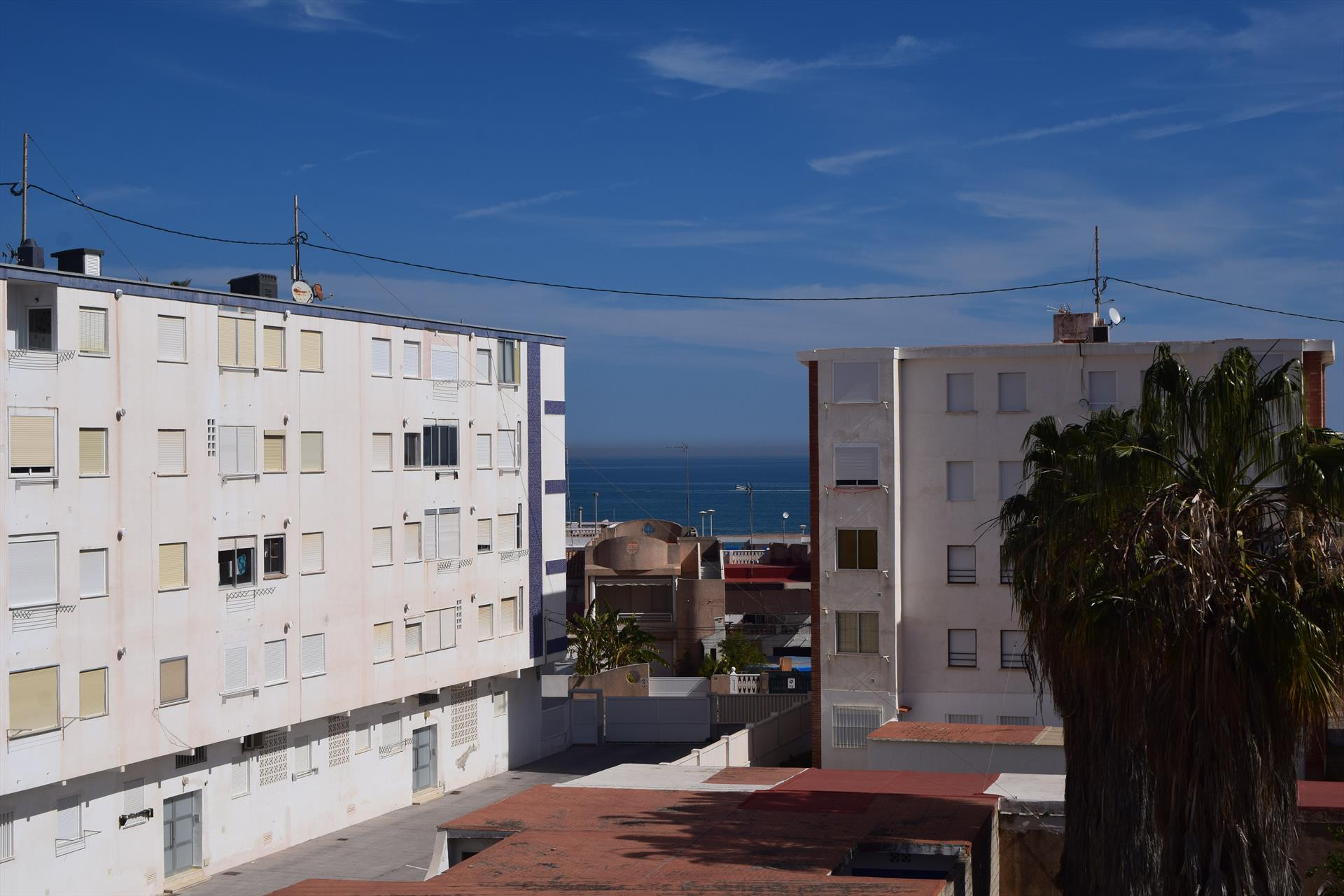 AP850, Beautiful and cheerful apartment in Piles, on the Costa Blanca, Spain for 4 persons.....