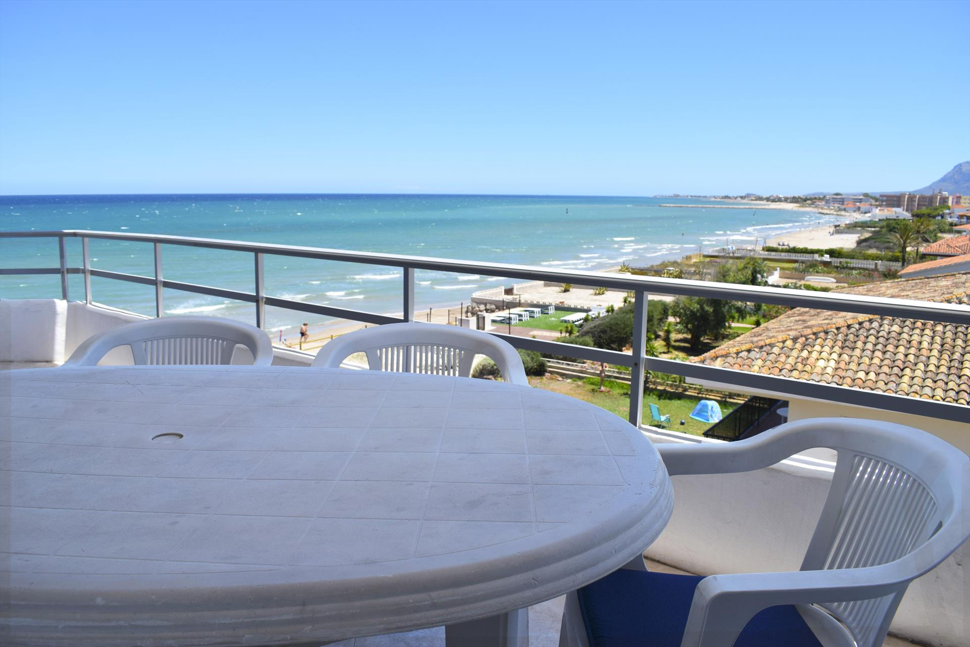AT3101 Atico Deveses Riu Grande, Beautiful and cheerful holiday house in Denia, on the Costa Blanca, Spain for 6 persons.....