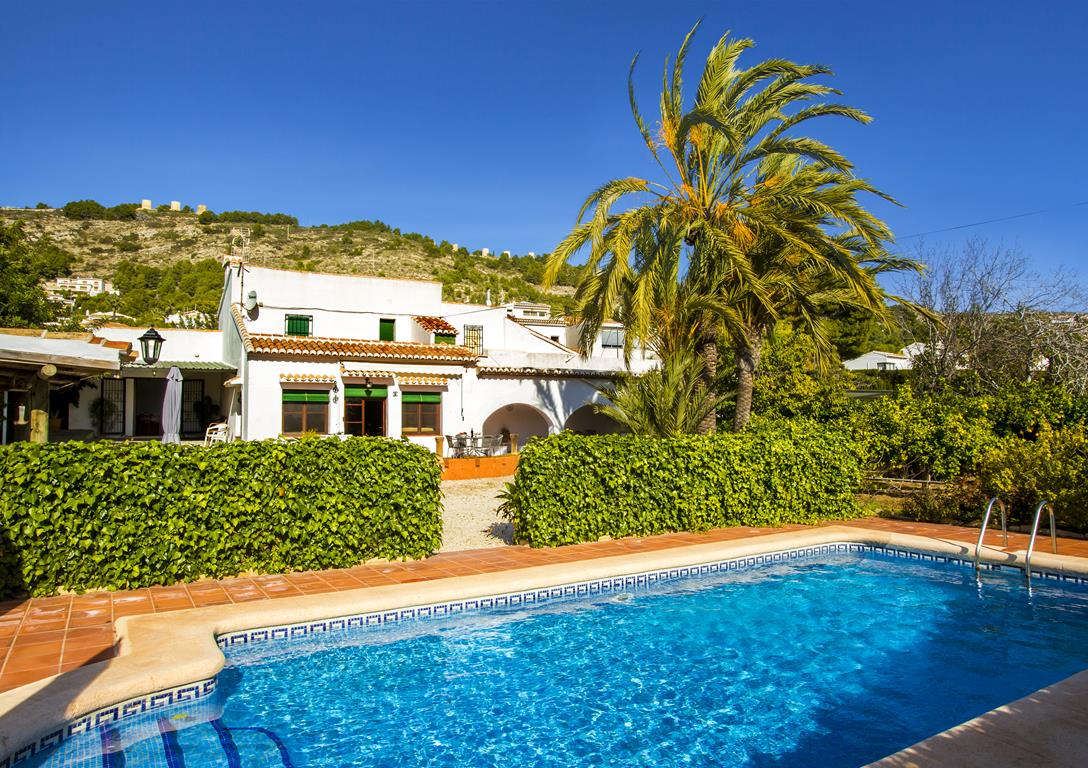 La Caseta, Classic and comfortable holiday home  with private pool in Javea, on the Costa Blanca, Spain for 6 persons.....