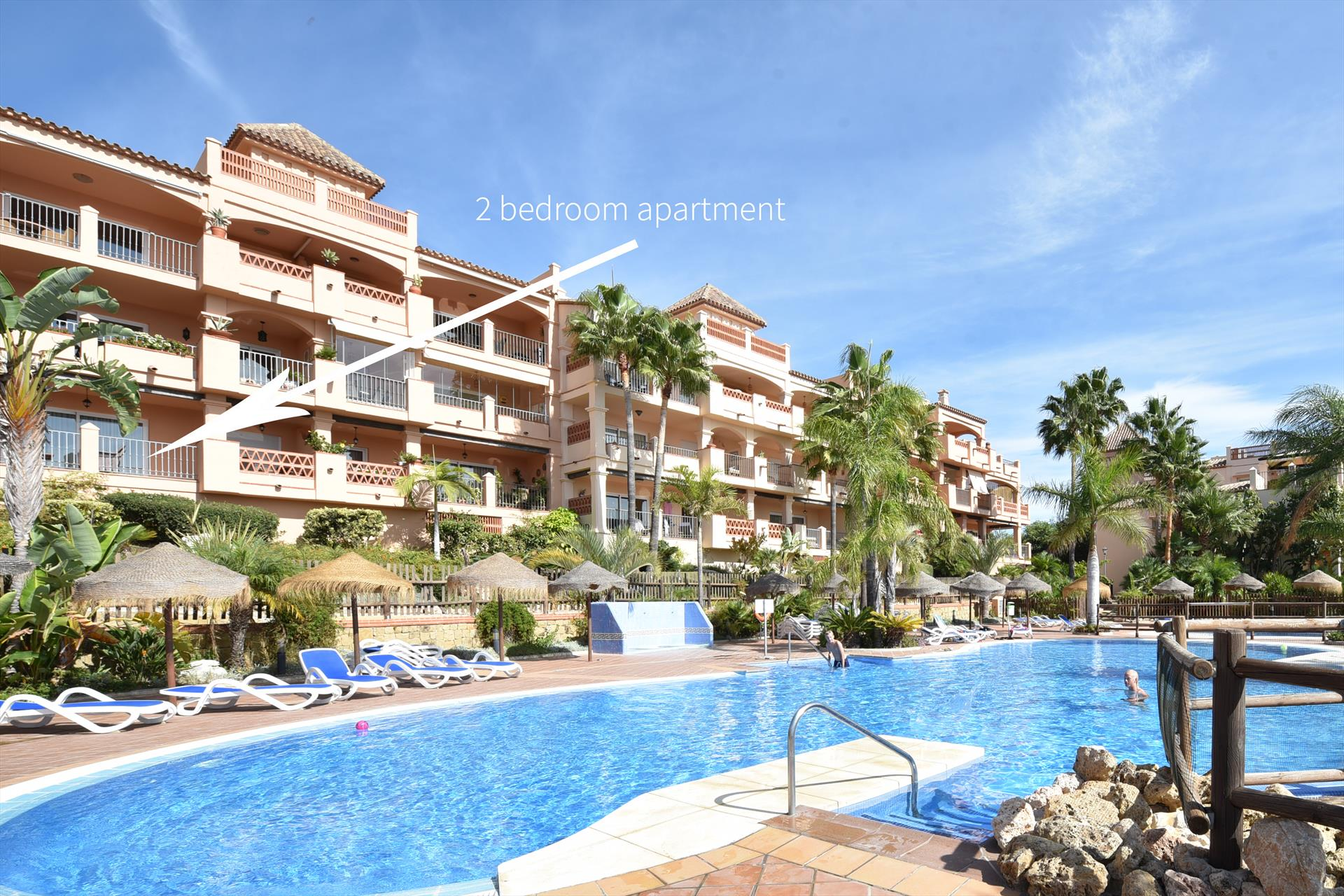 Mediterra 262, Beautiful and comfortable apartment in Benalmádena, Andalusia, Spain  with communal pool for 4 persons.....