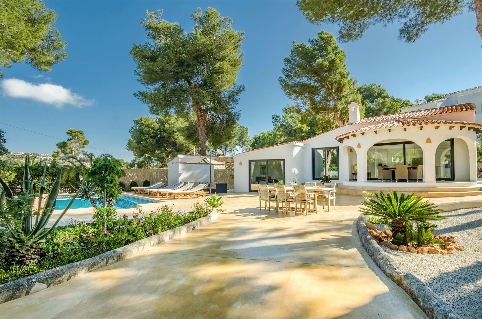 San Martin, Modern and luxury villa in Moraira, on the Costa Blanca, Spain  with private pool for 6 persons...