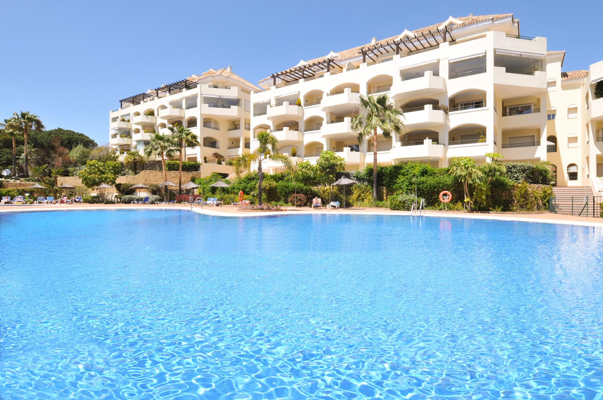 Hacienda Playa 312, Beautiful and comfortable apartment  with communal pool in Marbella, Andalusia, Spain for 4 persons...