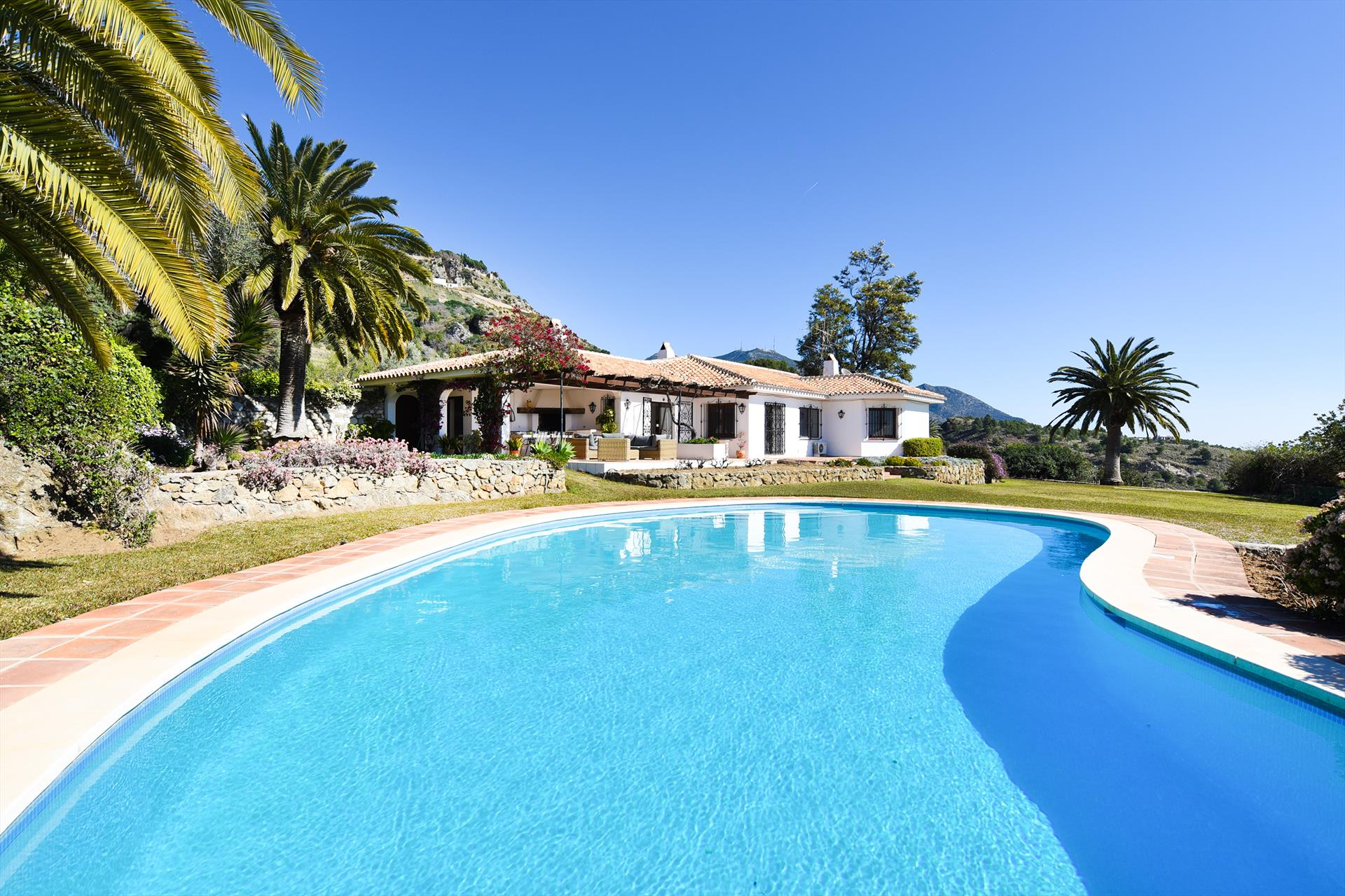 Casa La Fuente, Rustic and comfortable luxury villa  with private pool in Mijas, Andalusia, Spain for 8 persons.....
