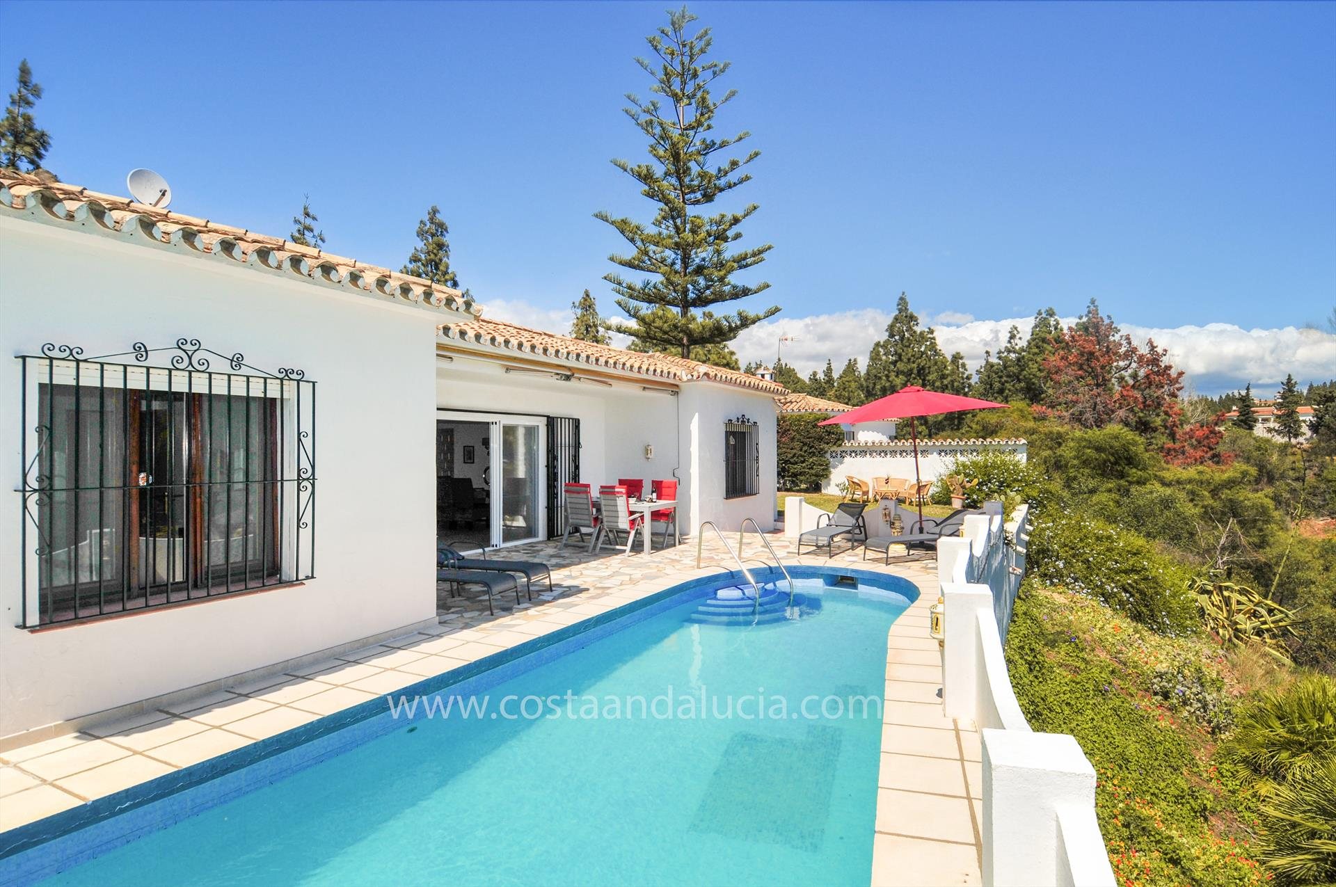 Casa Campanilla, Rustic and comfortable villa  with private pool in Mijas costa, Andalusia, Spain for 4 persons.....