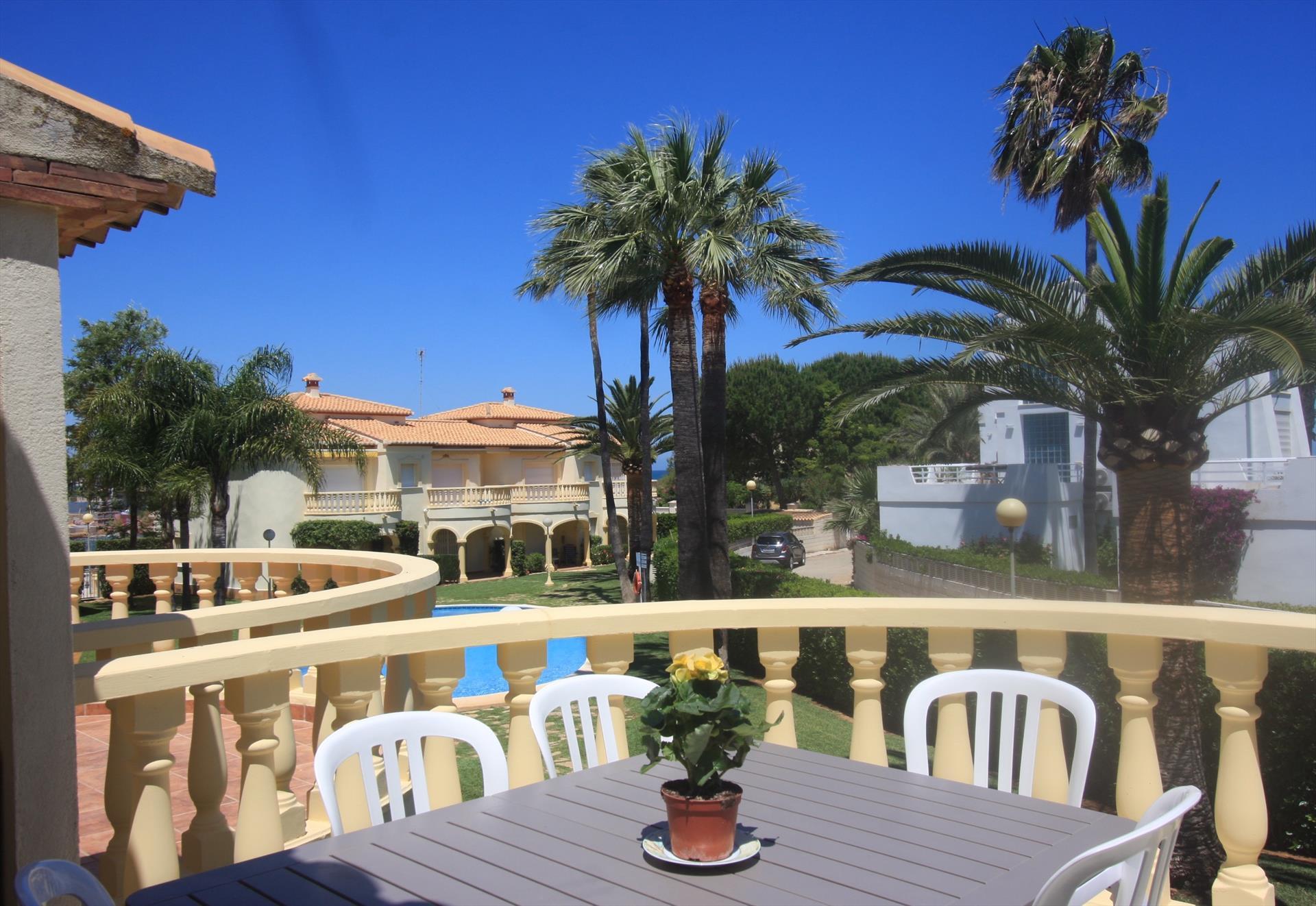 Casa stella apartamento,Appartement  met gemeenschappelijk zwembad in Denia, aan de Costa Blanca, Spanje voor 5 personen...