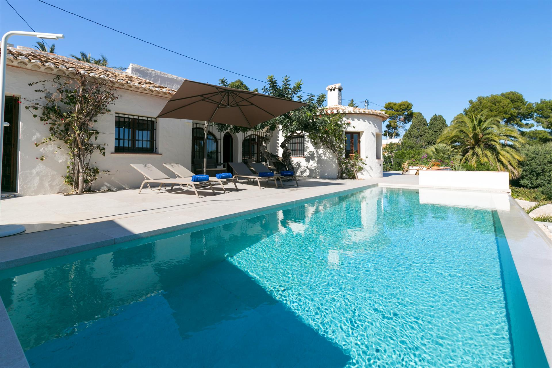 Casa Lucia, Beautiful and comfortable villa in Javea, on the Costa Blanca, Spain  with private pool for 8 persons...
