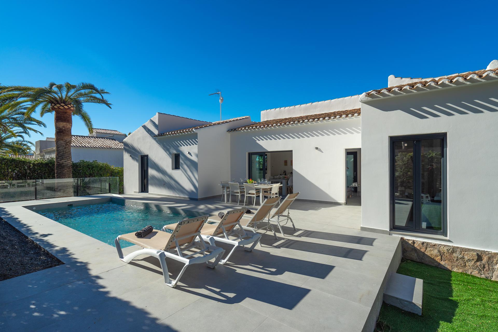 Marita 6 pax,Belle maison de vacances confortable à Javea, sur la Costa Blanca, Espagne  avec piscine privée pour 6 personnes...