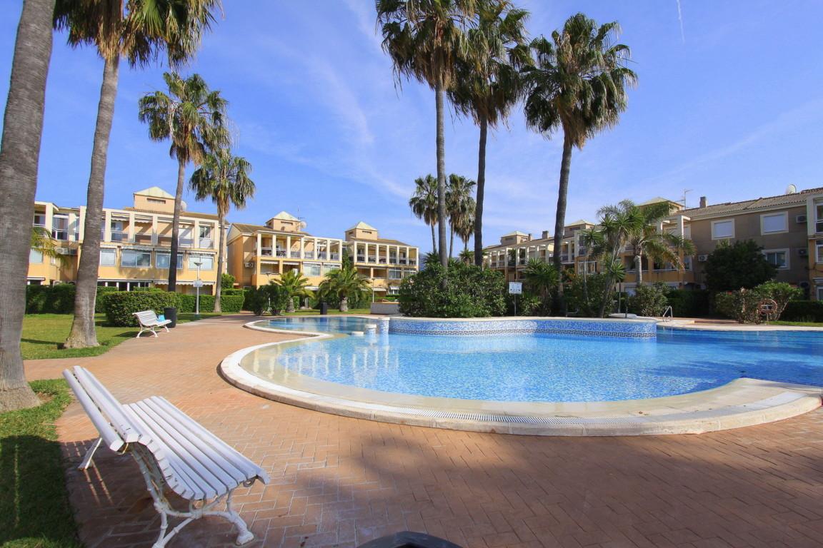 La rosaleda apartamento,Prachtig en comfortabel appartement  met gemeenschappelijk zwembad in Denia, aan de Costa Blanca, Spanje voor 4 personen...
