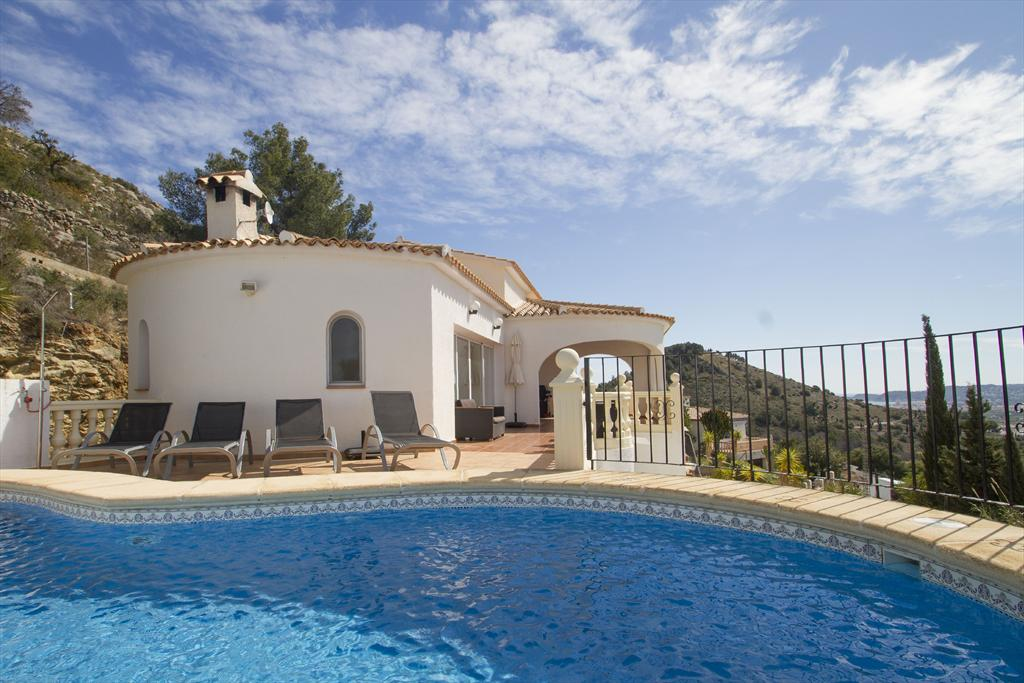 Vistas al Valle 2p, Beautiful and nice villa in Javea, on the Costa Blanca, Spain  with heated pool for 2 persons...