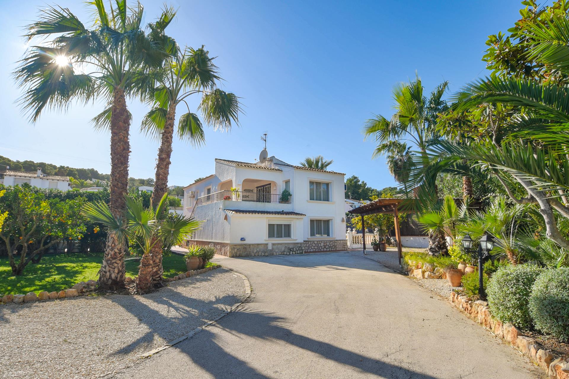 Andrago 6, Large and comfortable villa in Moraira, on the Costa Blanca, Spain  with heated pool for 6 persons.....