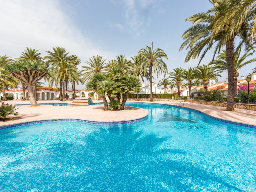 El Palmar Les Marines ES1106, Beautiful and comfortable studio in Denia, on the Costa Blanca, Spain  with communal pool for 4 persons.....
