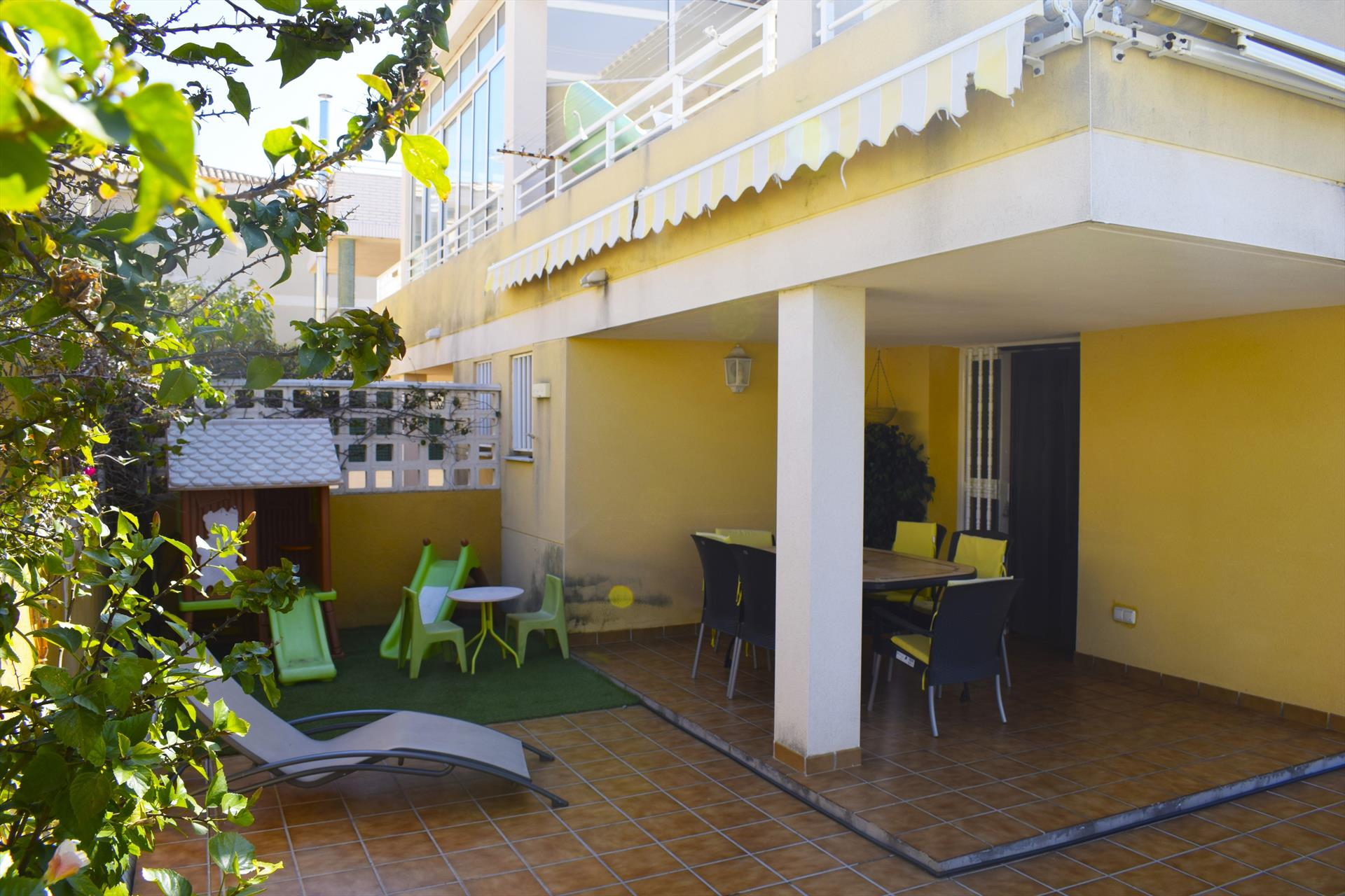 PB1321 Plataner Kiko Playa, Modern and comfortable apartment in Oliva, on the Costa Blanca, Spain for 4 persons.....