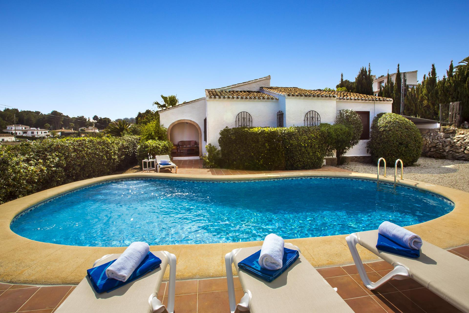 Carla, Beautiful and comfortable holiday home in Javea, on the Costa Blanca, Spain  with private pool for 6 persons...