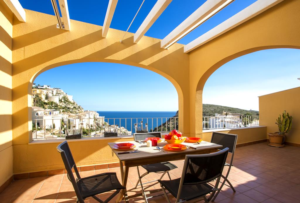 Montecala, Wonderful and cheerful apartment in Benitachell, on the Costa Blanca, Spain for 4 persons.....