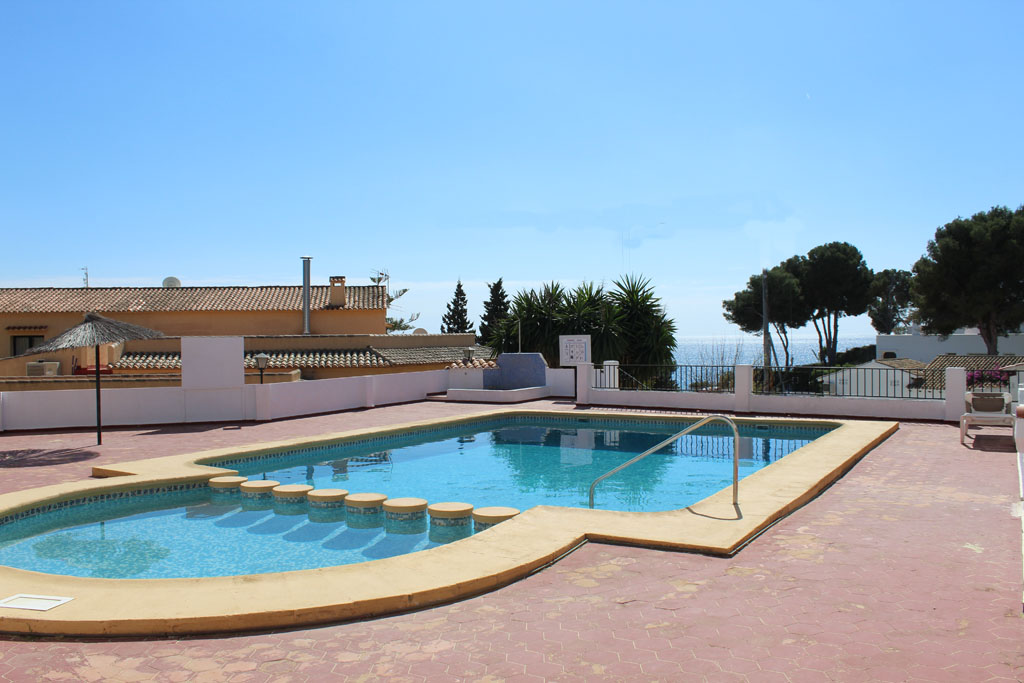 Bungalow Algas 4pax, Rustic and nice holiday house in Moraira, on the Costa Blanca, Spain  with communal pool for 4 persons.....