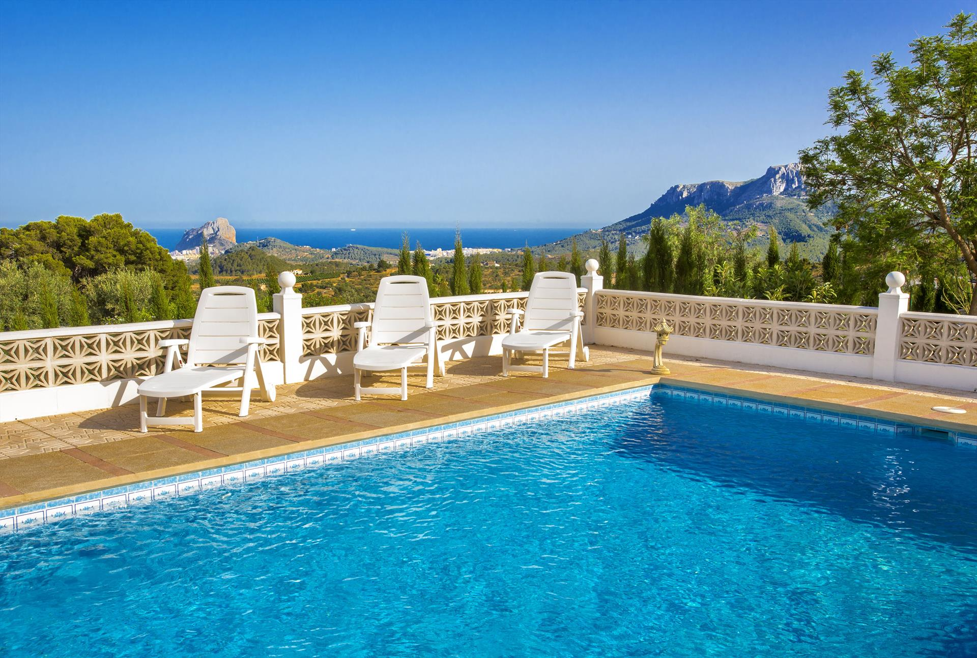 La LLum, Comfortable villa in Benissa, on the Costa Blanca, Spain  with private pool for 6 persons...