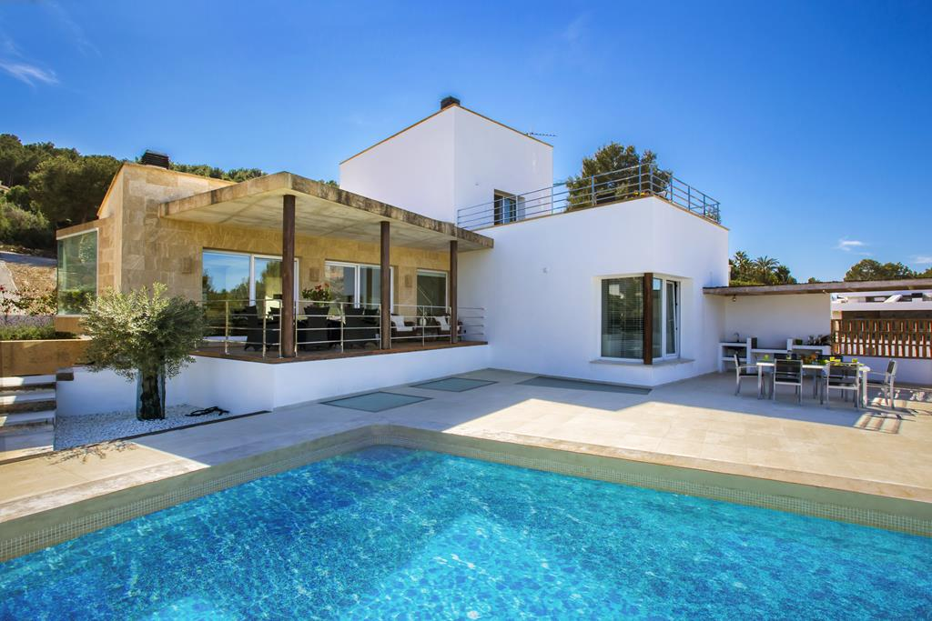 Luz y Mar,Beautiful and comfortable villa  with private pool in Javea, on the Costa Blanca, Spain for 6 persons...