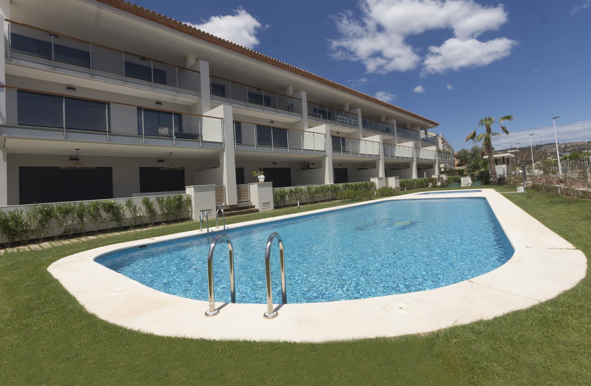 Altamar Plus, Modern and comfortable apartment in Javea, on the Costa Blanca, Spain  with communal pool for 6 persons.....