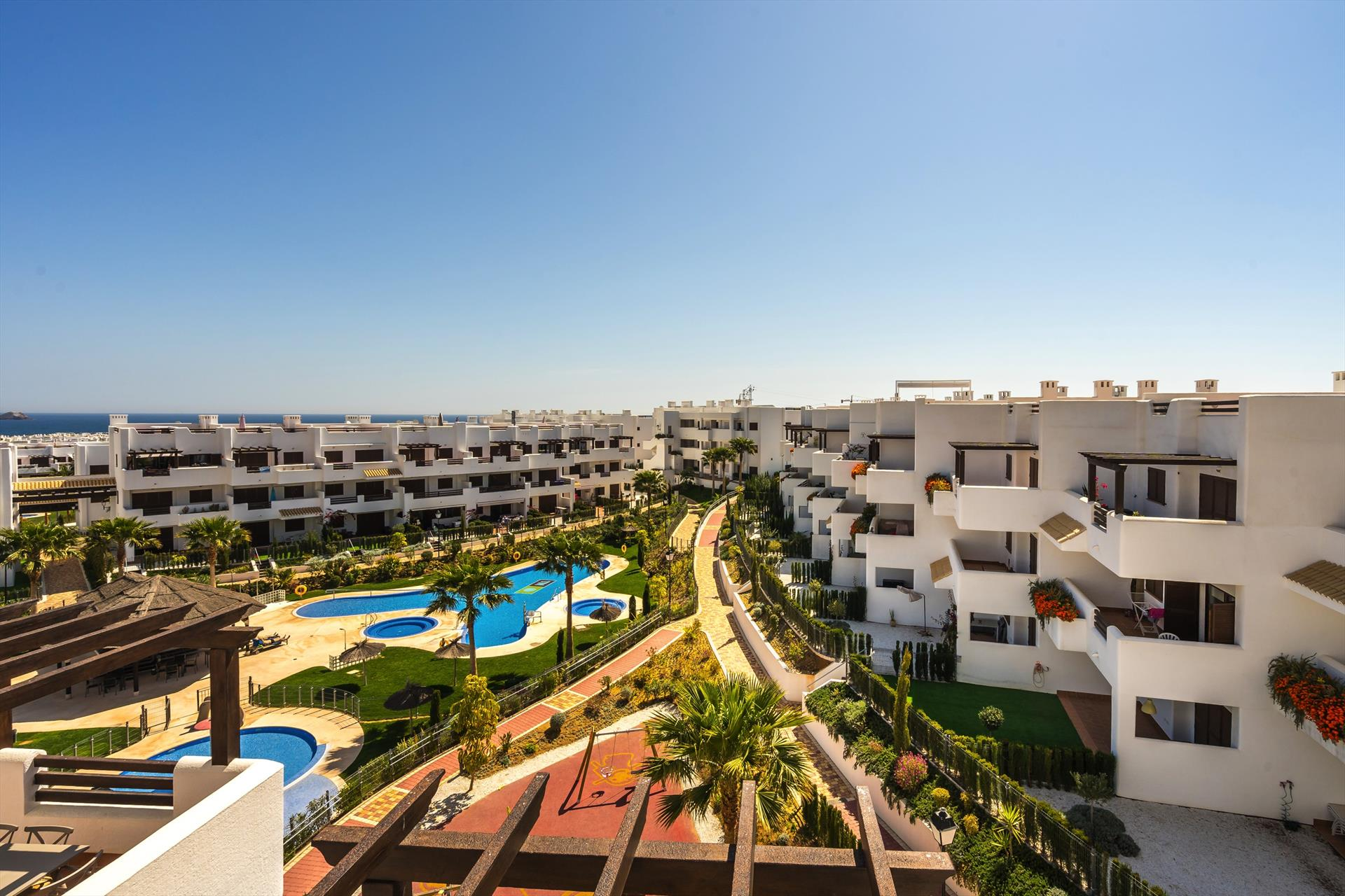 Piña, Large and nice apartment  with communal pool in San Juan de los Terreros, Andalusia, Spain for 4 persons...